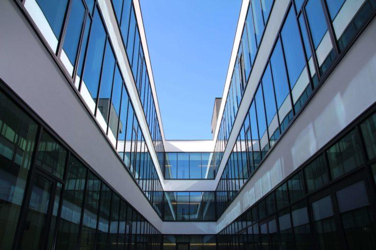 Building HIU-Fassade