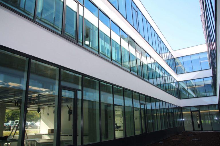Building HIU-Fassade2